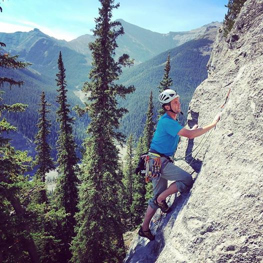 multipitch rock climbing systems, rock climbing, climbing, rappelling, Rockies, Canadian Rockies