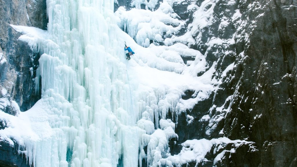 Brent Peters, PeakStratagem, iceclimbing, rainbow serpent, aquarius, forest woodward, Canadian Rockies, Canmore, Banff, instruction